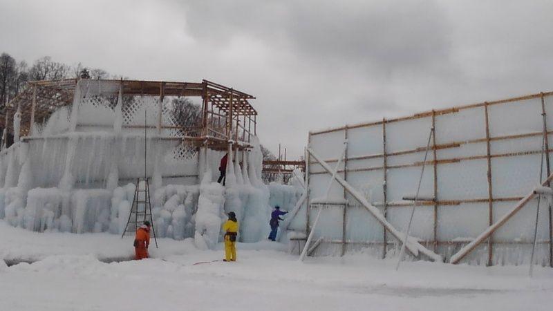 支笏湖氷濤まつりの会場制作風景