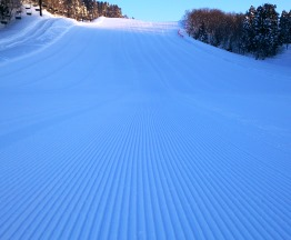 羽黒山スキー場で思い出作り
