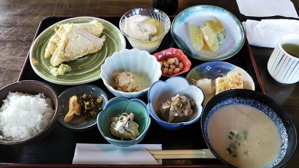 心和む豆腐屋さん、四季見茶家