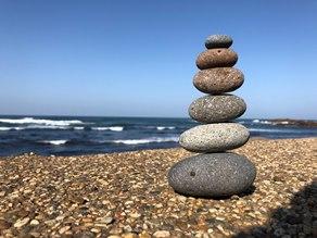 また石を積みました