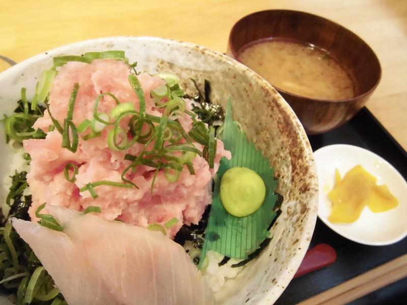 淡路島でマグロを食べよう♪