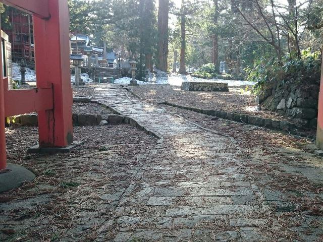 よくあるお問い合わせ 出羽三山神社残雪状況