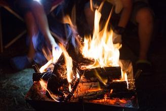 自然とのふれあいプログラム「週末焚火倶楽部」のご案内
