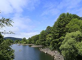 秋を感じながら桧原湖湖畔を散策!