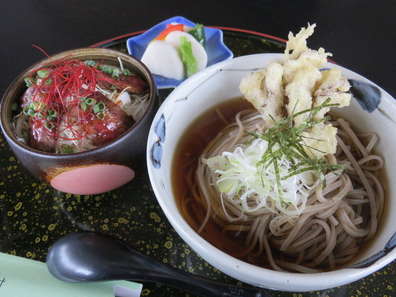 季節限定ランチ!「舞茸天ぷらそば・和牛ステーキセット」