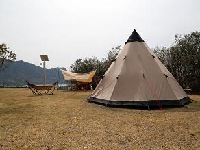 キャンプ場も営業しています