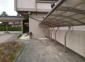 能登で屋根付きバイク駐車場完備!