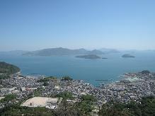 黒滝山から見る大久野島