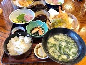 瀬戸内海の新鮮な魚料理に舌鼓 活魚料理「讃岐家」