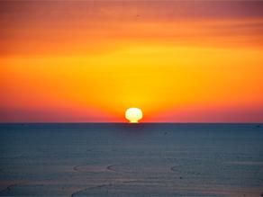 【期間限定】朝陽が水平線から♪瑠璃色の地球♬