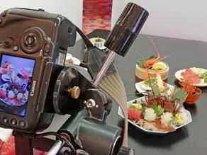 このファインダーに映る料理を提供するときには元の世界に戻って