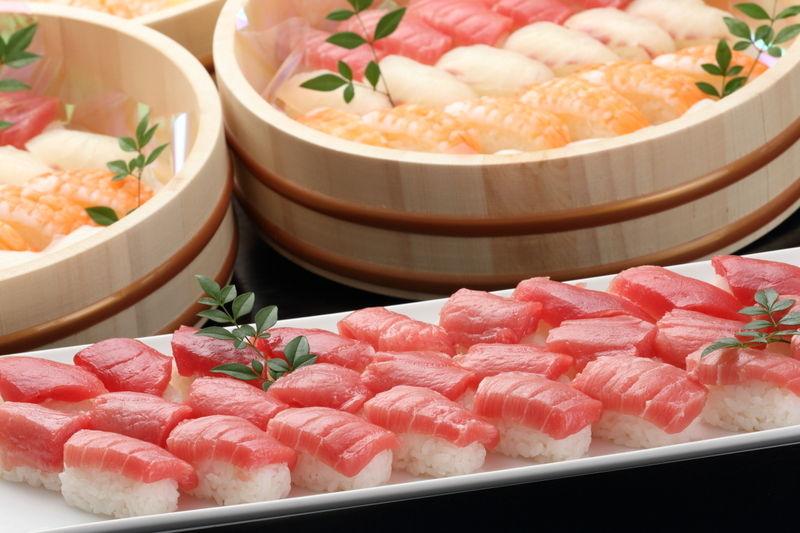 8月はお寿司やローストビーフが食べ放題!